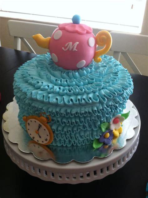 cake ideas 1000 ideas about buttercream cake designs on