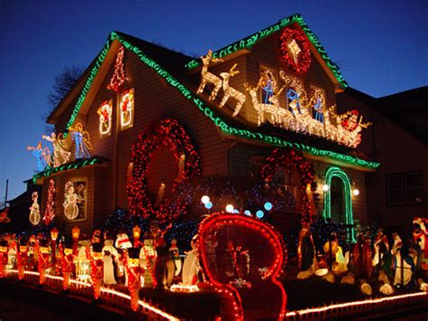 pictures of houses decorated for christmas beautiful christmas decorated house pictures photos and