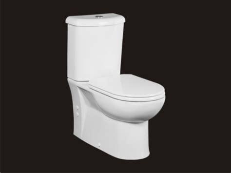 toilette mit duschfunktion standwc toilette mit keramik sp 252 lkasten dr 252 ckergarnitur