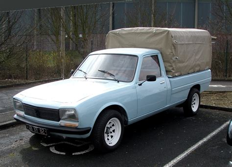 peugeot 504 pickup peugeot 504 pick up image 3