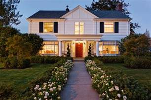 Colonial Revival Style Home Home Styles Of The Pacific Northwest Illustrated By 7