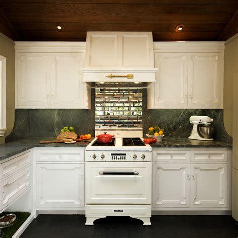 white kitchen rubber floor mirror backsplash