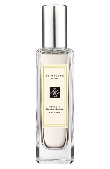 Most Fabulous Perfumes For Winter by Most Popular S Fragrances For Winter 2013 Stylecaster