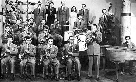 swing band era music and photos from the fourth marines band last china