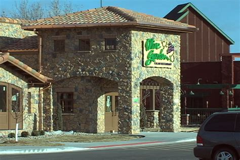 olive garden fargo fried chicken olive garden marilyn hagerty guest reviewer of the month