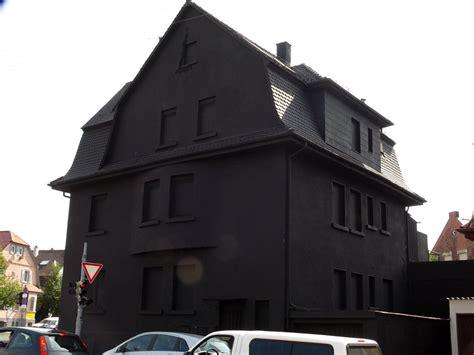 Gablenberger Klaus 187 Suchergebnisse 187 Schwarzes Haus