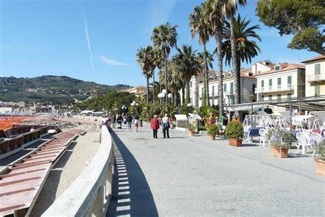 ufficio turistico diano marina diano marina riaperto l uffico turistico liguria