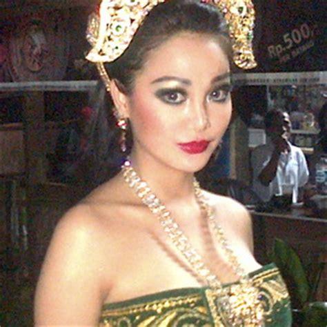 Toner Ratu Yang Asli seperti apa wajah asli ratu kidul bimbingan