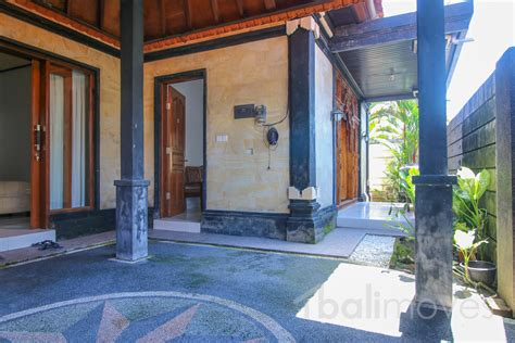 2 bedroom house for rent dundee two bedroom villa with semi furnished sanur s local