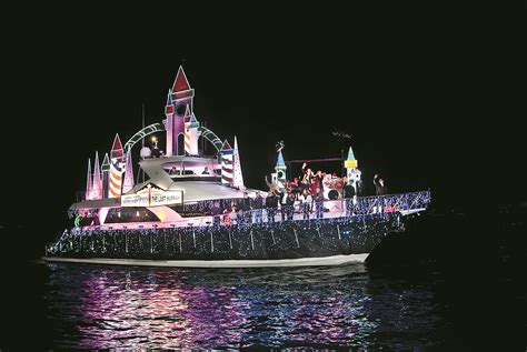 newport beach holiday boat parade amazing holiday celebrations from around the world