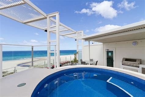kirra surf appartments kirra surf apartments benefit from hirum software
