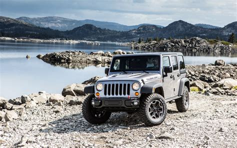 chrysler jeep wrangler chrysler sales near 1 5 million mark ram 1500 jeep grand