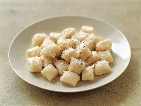 Chefs Table Winter Garden How To Make Potato Gnocchi Step By Step Williams Sonoma