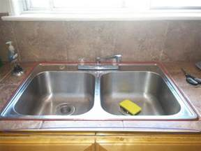 kitchen sink caulk where to caulk this kitchen sink with pictures