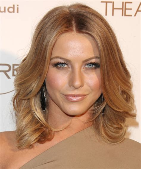 how to have julianne hough hairstyle julianne hough medium wavy casual bob hairstyle medium