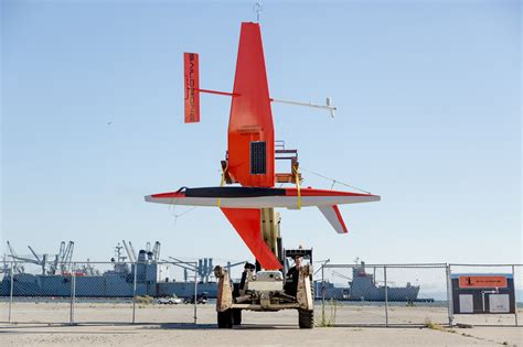 Drone Buat no sailors needed robot sailboats scour the oceans for data the new york times