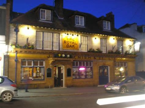 weymouth pubs with rooms the royal oak in weymouth dorset dt4 7jz book rooms direct