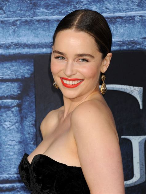 emilia clark emilia clarke at of thrones season 6 premiere in