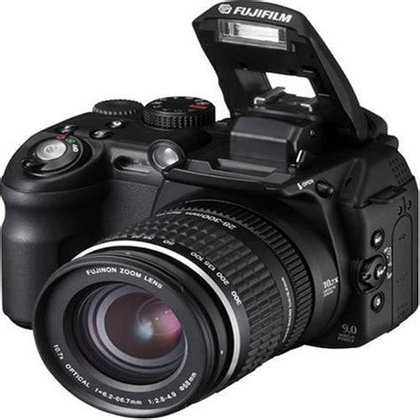 Kamera Fujifilm Finepix S9000 black friday fujifilm finepix s9000 9mp digital with 10 7x wide optical zoom cyber monday