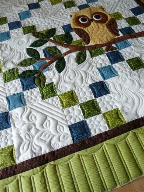 Sewing Quilt Borders by Quilting Owl And Quilt On