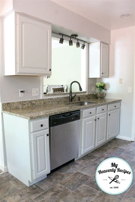 how to paint kitchen cabinets like a pro how to paint kitchen cabinets like a professional my