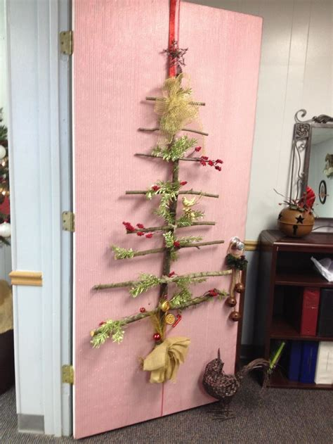 office ornament decorating contest office door decoration contest tree 2013 most creative award our personal