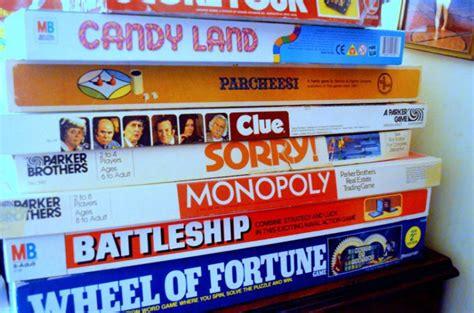 giochi da fare in casa per adulti cinque giochi di societ 224 per adulti da fare in gruppo in