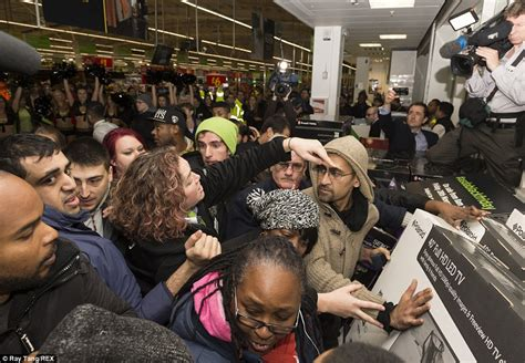 black friday turns violent  shoppers fight  bargains
