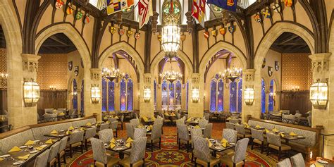 eat and greet best character dining at disney parks
