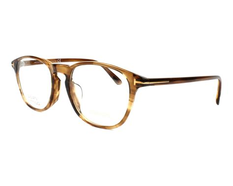 Tom Ford Aims To Create A New Version Of Luxury For by Lunettes De Vue Tom Ford Tf 5389 048 Marron