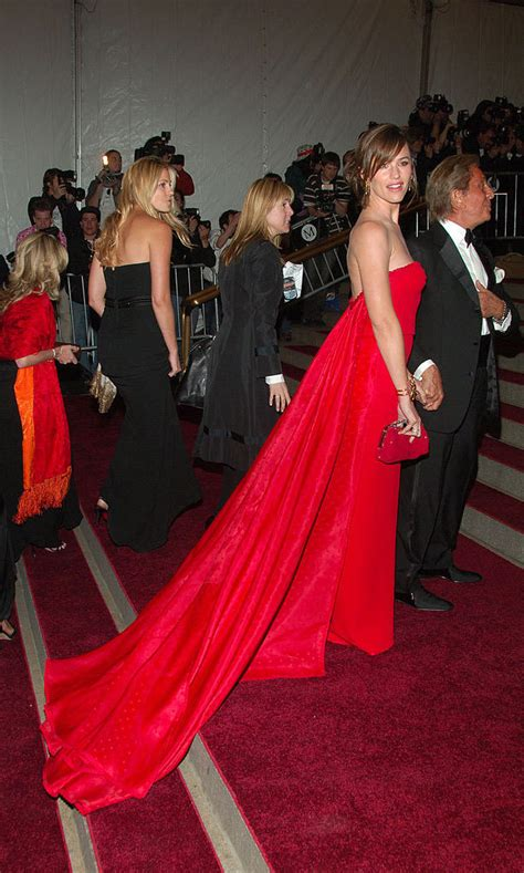 Carpet Trend Of 2007 by Met Gala Show Stopping Gowns The Years Photo 1