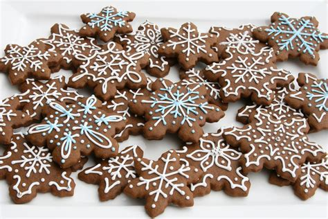 Decorating Gingerbread Cookies by Gingerbread Cookies Recipe Glorious Treats