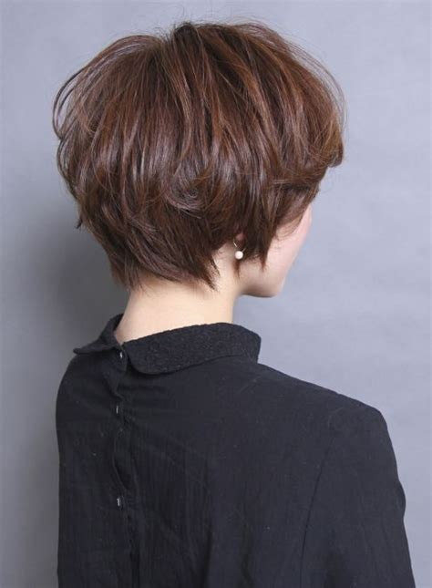 short gray hairstyles with wedge in back 16ada4352eb9ab7aa745e1f704088424 hair pinterest