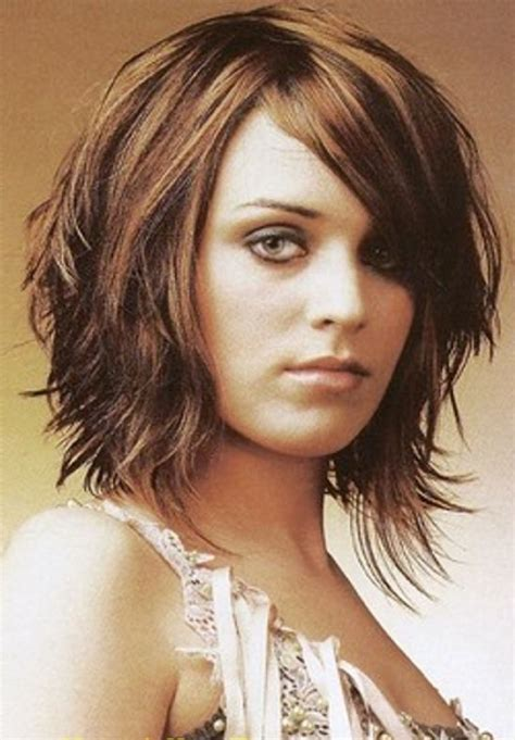 med choppy haircut pictures choppy medium length hairstyles related pictures choppy