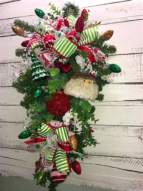 traditional christmas decorations home reviews christmas swag holiday swag christmas vertical swag