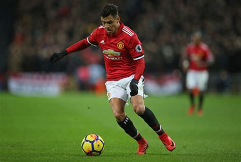 alexis sanchez manchester united man utd news jose mourinho s tactical issue with paul