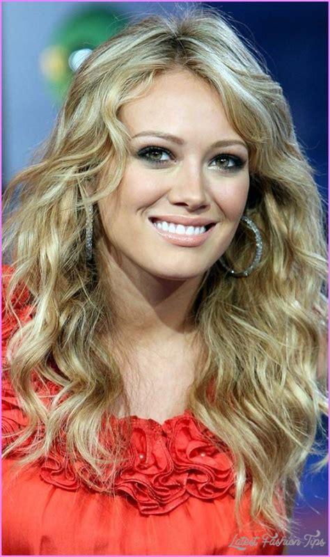 Hilary Duff Hairstyles by Hilary Duff Hairstyles Latestfashiontips