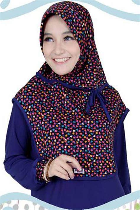 Aneka Model Terbaru aneka model jilbab terbaru aneka motif bunga jilbab baju
