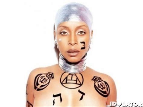 Erykah Badu Concert In Malaysia Canceled Over Tattoo Erykah Badu Tattoos