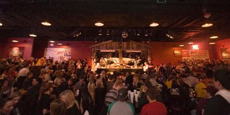 the shout house mn tonight s entertainment picture of shout house dueling pianos minneapolis tripadvisor