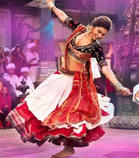 indian ram leela 20 mesmerizing chaniya cholis to rock this dandiya season