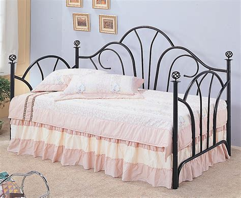 Metal Frame Daybed Bedroom Day Beds Traditional Metal Frame Daybed Co 2613
