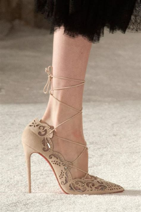 Sandal Belleza christian louboutin for marchesa beige lace up pumps