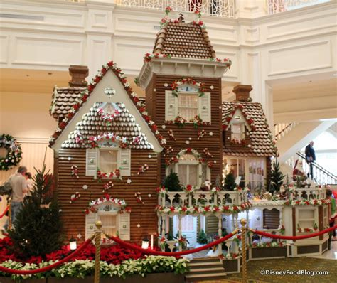 gingerbread house 2014 grand floridian gingerbread house and beach club gingerbread treats the disney