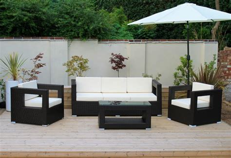 party couches garden party furniture decor alfresco trends