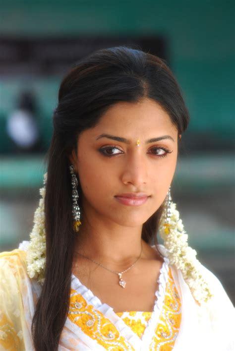 actress mamta mohandas mamta mohandas profile hot picture bio bra size hot starz