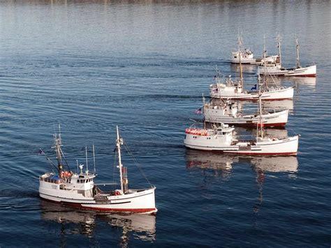 alaska fishing boat season 14 best halibut schooners images on pinterest halibut