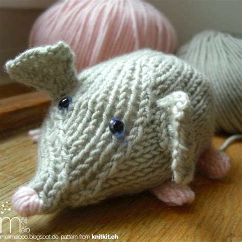 knitted mouse 17 best images about knitting animals mouse on