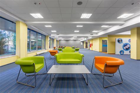 progettare ufficio come progettare il comfort visivo di un edificio per