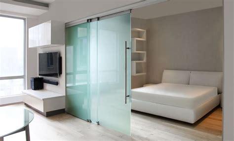 porte di vetro scorrevoli prezzi porte scorrevoli in vetro per interni prezzi le porte